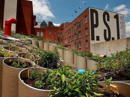 'Public Farm One', una instalación que celebra el tema de la agricultura urbana en el distrito de Queens de la ciudad de Nueva York.