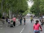 Dvd 1000 9.5.20 Zonas abiertas para uso peatonal durante el estado de alarma en Madrid, Paseo del Prado. foto: Santi Burgos