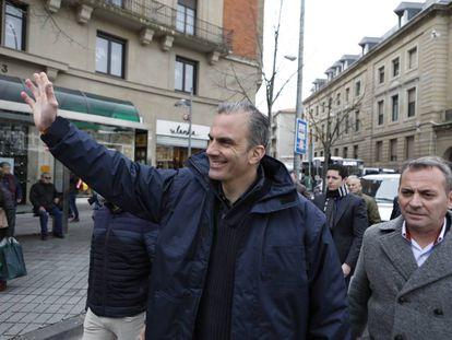 El secretario general de Vox, Javier Ortega Smith, en una concentración en Pamplona el pasado sábado.