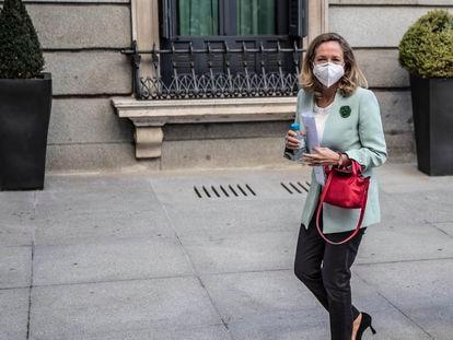 Nadia Calviño, el pasado miércoles en el patio del Congreso de los Diputados.