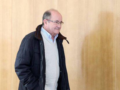 Carlos Laguna, contable del Huesca.