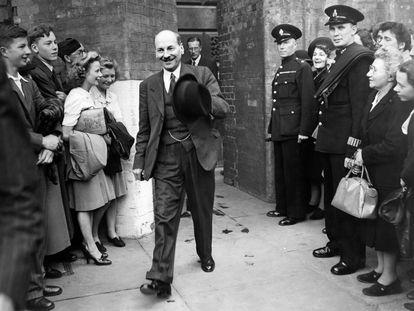 El líder de los laboristas británicos, Clement Attlee, en 1945 en Londres.