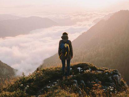 10 artículos que no pueden faltar en tu mochila de viaje