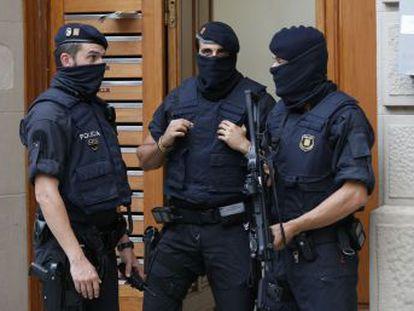 La rápida detención de sospechosos y la reacción ante el ataque en Cambrils avalan al cuerpo