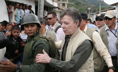 El presidente Juan Manuel Santos al llegar a Toribío este miércoles.