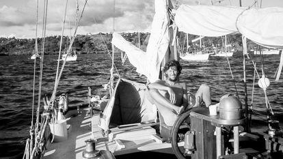 William Finnegan, en el puerto de Suva, Fiyi, en 1978.