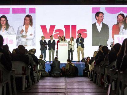 Acto de la campaña electoral de 2019 de Barcelona pel Canvi y Ciudadanos, con Manuel Valls e Inés Arrimadas.