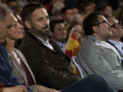 El presidente de Vox, Santiago Abascal, durante un mitin en Dos Hermanas (Sevilla).