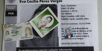 Objetos personales de Cecilia, asesinada en un autobus en Edomex en 2011
