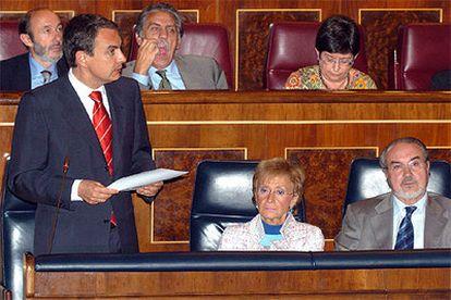 José Luis Rodríguez Zapatero, durante la sesión de control al Gobierno esta tarde en el Congreso de los Diputados.