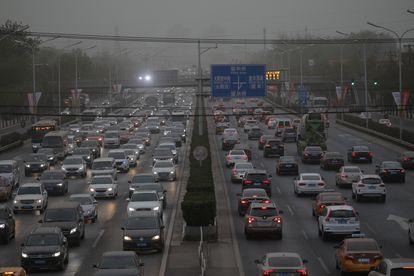 Atasco en Pekín, China, el 15 de abril.
