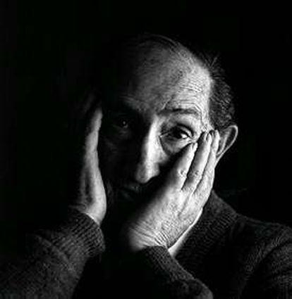 Luis Ciges, en 1995.