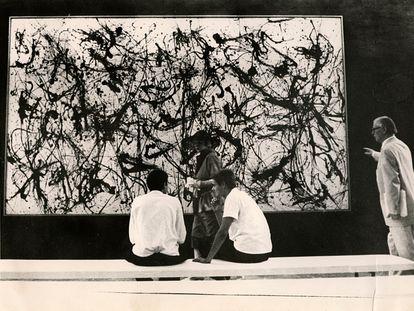 'Number 32', de Jackson Pollock, expuesto en la Documenta de 1959, que celebró el arte abstracto estadounidense frente a las escuelas figurativas del bloque comunista.