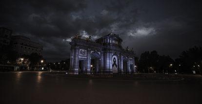 La madrileña Puerta de Alcalá, en una imagen del documental 'Renaceres', de Lucas Figueroa.