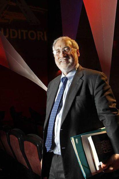 El Nobel de Economía Joseph Stiglitz, el pasado viernes en Cornellà.