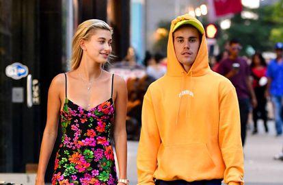 Justin Bieber y Hailey Baldwin paseando por las calles de Nueva York.