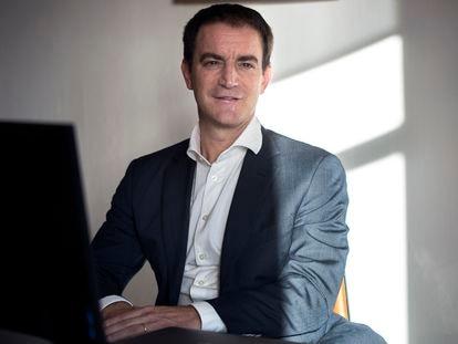 Francesc Rubiralta, presidente de la siderúrgica Celsa Group posa en Barcelona.