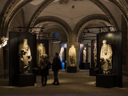 Las esculturas de los profetas en una exposición sobre el Maestro Mateo en el pazo de Xelmírez (Santiago), en septiembre de 2019