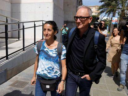 Patricia Ramírez, la madre de Gabriel, a su llegada esta tarde a la Audiencia de Almería.