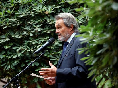 El expresidente de la Generalitat Artur Mas, en un momento de la rueda de prensa. EFE/Toni Albir