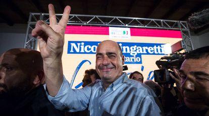 El nuevo secretario general del PD, Nicola Zingaretti, tras ganar las primarias.