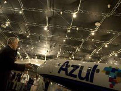 El empresario estadounidense de origen brasileño David Neeleman, presenta el 28 de mayo de 2008, en Sao Paulo (Brasil) la Junta Directiva de la aerolínea Azul. EFE/Archivo