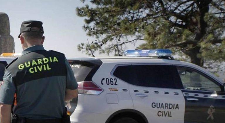 Agentes de la Guardia Civil en el marco de una operación policial, en una imagen de archivo.