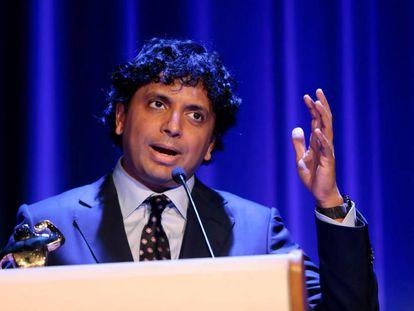 El director M. Night Shyamalan, hoy en Sitges, tras recibir el premio honorífico del festival.