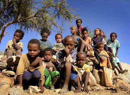 Unos 2.000 niños son adoptados cada año en Etiopía por familias extranjeras.