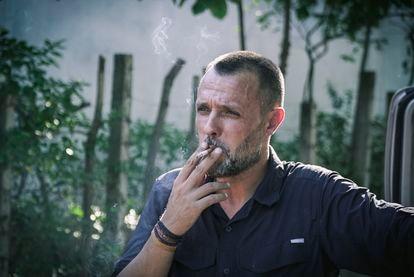 Roberto Fraile en El Salvador durante la grabación de un reportaje sobre maras