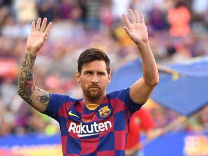 Messi, en la presentación de los jugadores durante el Gamper.