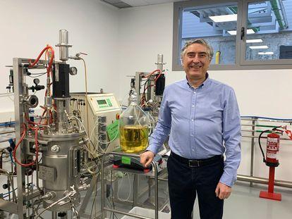 El biólogo José Luis Barredo, en las instalaciones de Léon de Crystal Pharma, único fabricante de dexametasona en España.