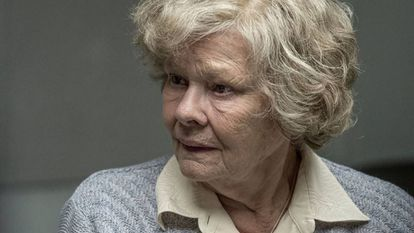 Judi Dench en el papel de Joan Stanley en 'La espía roja'