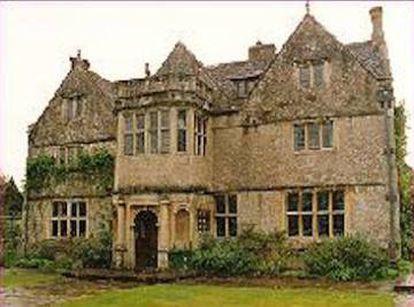 """St. Catherine's Court, la mansión donde la banda grabó 'Ok computer'. """"Este lugar influyó en las canciones del disco. Allí las tocamos de una forma rara. Era una casa encantada"""", aseguró Yorke."""