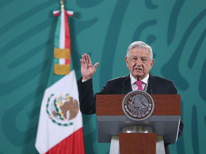 El presidente de México, Andrés Manuel López Obrador, durante su rueda de prensa en Palacio Nacional este martes.