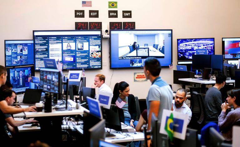 """Departamento de Facebook conocido como War Room, encargado de luchar contra la desinformación y la manipulación en la red social, en octubre de 2018. La compañía fue la primera en revelar la conexión rusa de la trama """"Infección Secundaria""""."""