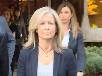 La Abogada General del Estado, Marta Silva de Lapuerta, registra el texto en el Constitucional.