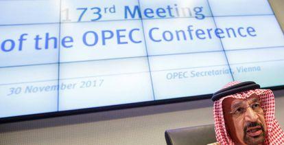 El ministro saudí de Energía, Jalid al Falih, antes de la 173 conferencia de la OPEP, celebrada en Viena el pasado noviembre.