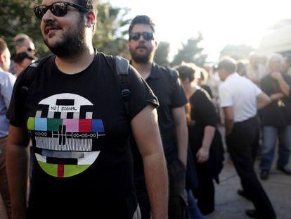 Protestas por el cierre de la televisión pública griega