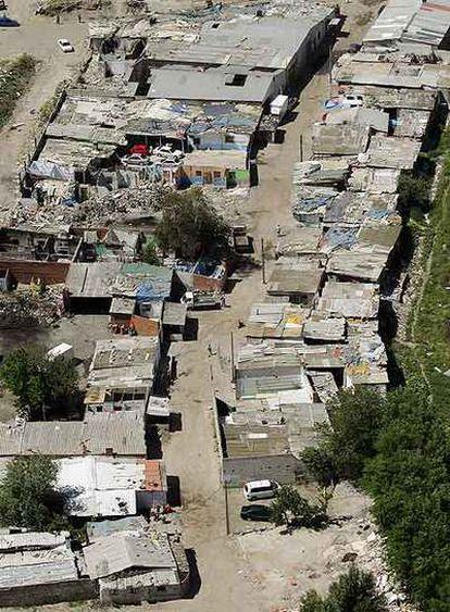 Las Barranquillas, un gran asentamiento chabolista en la periferia de Madrid.