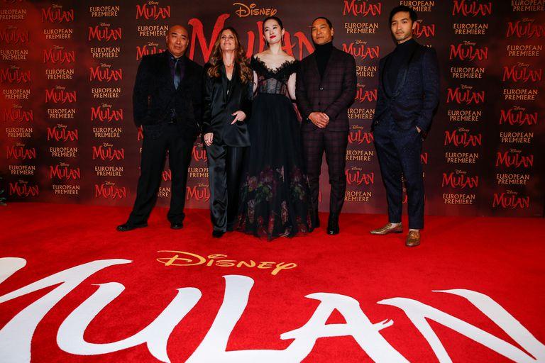Los actores de 'Mulán' en Londres el pasado marzo.