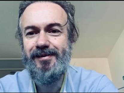 Tristán Ulloa, en su agradecimiento al personal sanitario.