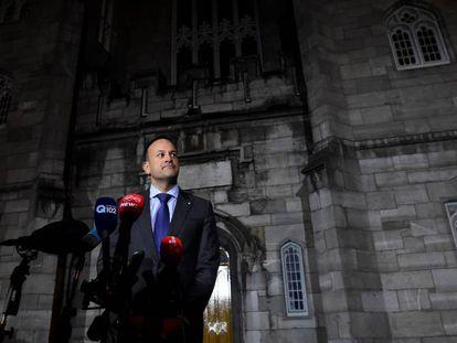 El primer ministro irlandés, Leo Varadkar, este sábado en Dublín tras la celebración del referéndum.