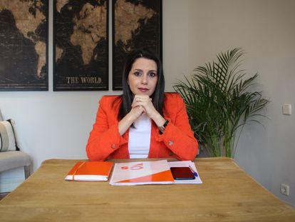 Inés Arrimadas, durante la entrevista en su domicilio.