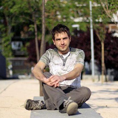 Tomás Muñoz, joven parado licenciado en periodismo.
