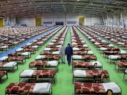 Hospital temporal para tratar a pacientes de coronavirus en el centro internacional de exhibiciones del norte de Teherán, este jueves.