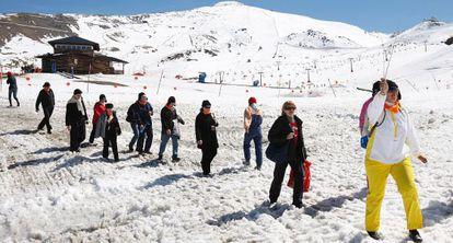 Un grupo de turistas rusos en Sierra Nevada.