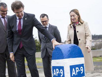 Acto de colocación de la primera piedra de la ampliación de la AP-9 en Santiago.