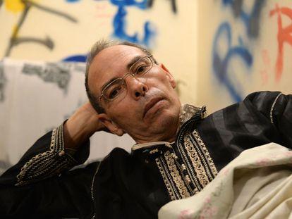Maati Monjib, durante una huelga de hambre que mantuvo en 2015 en Rabat, en la que denunciaba que el ministerio del Interior no le permitía salir del país.