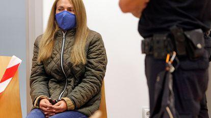 Concepción Martín, conocida como la viuda negra de Alicante, en el banquillo de la Audiencia Provincial este lunes.